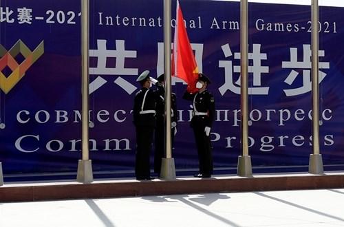 越南人民军化学参赛队欢迎仪式在中国举行 hinh anh 1