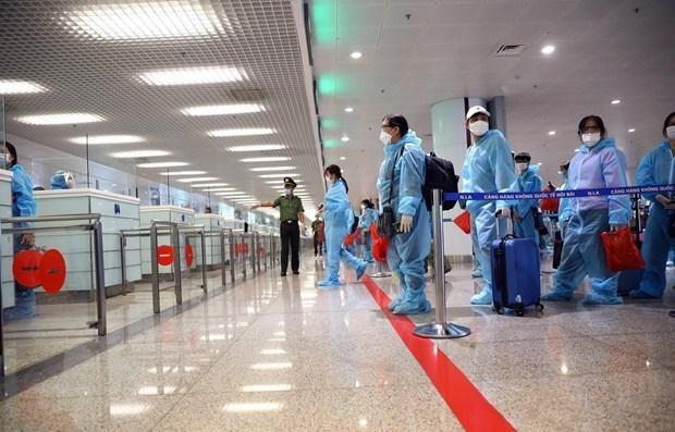 胡志明市要求为持有机票飞往国外者到机场创造便利条件 hinh anh 1