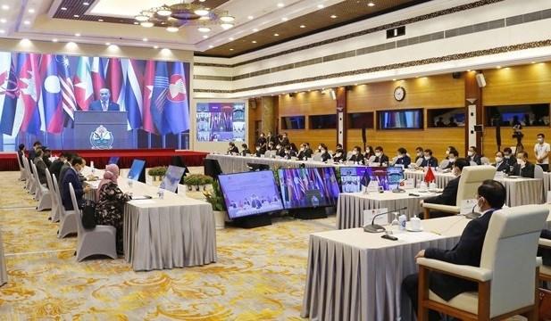 AIPA-42大会:新加坡国会议长强调AIPA在协助东盟共同体中的作用 hinh anh 1