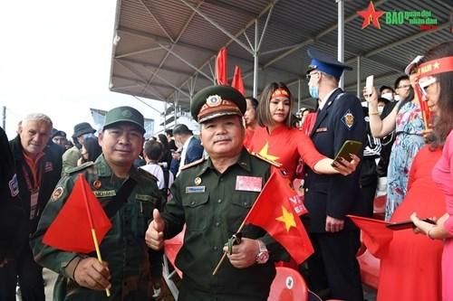 2021年国际军事比赛:越南坦克参赛队第一车组出色完成比赛 hinh anh 4