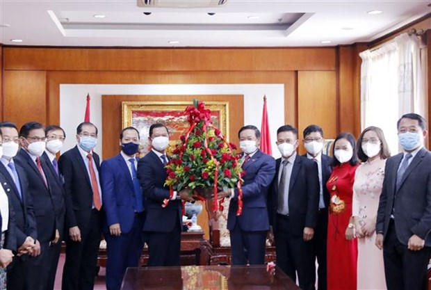 越南国庆76周年:老挝各部门领导高度评价越南取得的成就 hinh anh 1