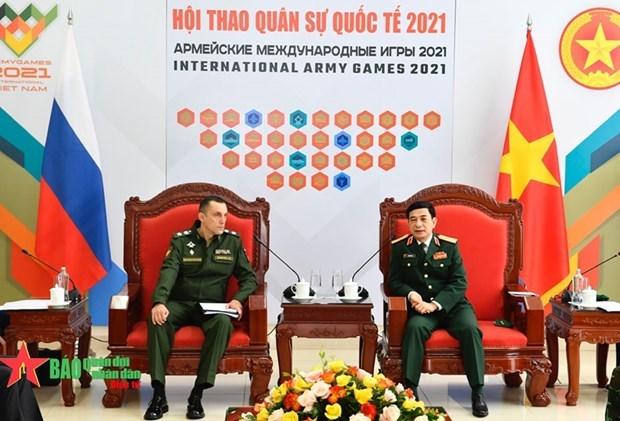 越南国防部部长潘文江会见俄罗斯国防部副部长亚历克谢 hinh anh 1