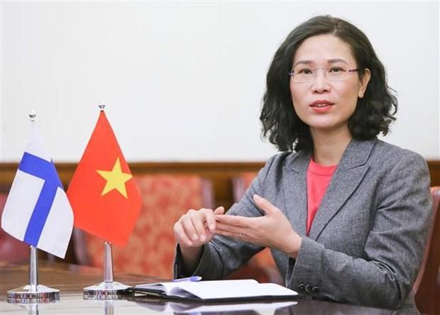越南国会主席王廷惠抵达赫尔辛基 开始对芬兰共和国进行正式访问 hinh anh 2