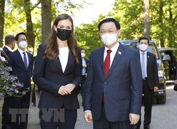 越南国会主席王廷惠圆满结束出席第五次世界议长大会、访问欧洲议会、比利时和芬兰之行 hinh anh 1