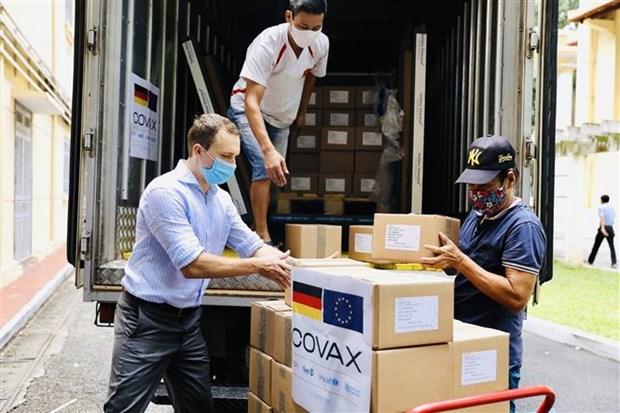 越南接受由德国通过COVAX机制援助的85.2万剂新冠疫苗 hinh anh 1