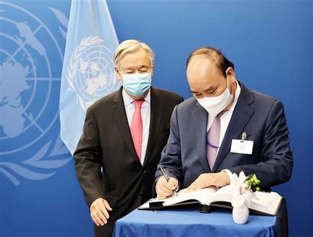 第76届联合国大会:阮春福会见第76届联合国大会主席和联合国秘书长 hinh anh 3