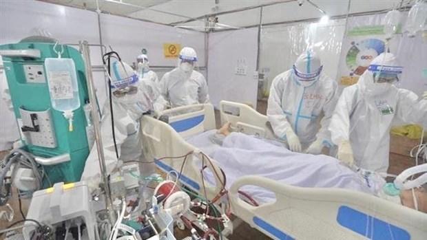 越南新增确诊病例9465例 与昨日相比减少2000余例 hinh anh 1