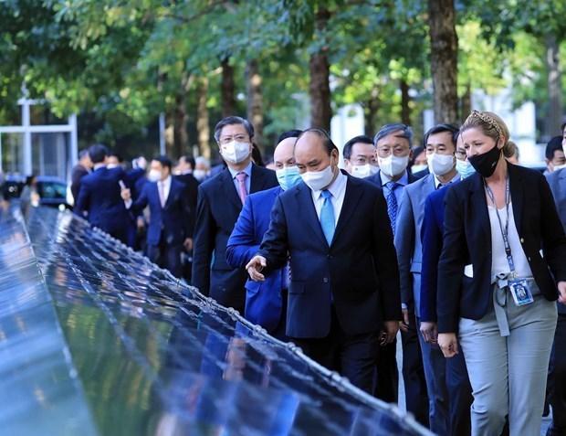 越南国家主席阮春福会见德国总统 离开纽约市启程回国 hinh anh 2