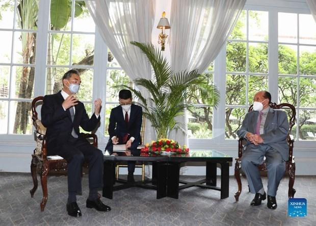 柬埔寨呼吁在东海问题上遵守国际法 hinh anh 1