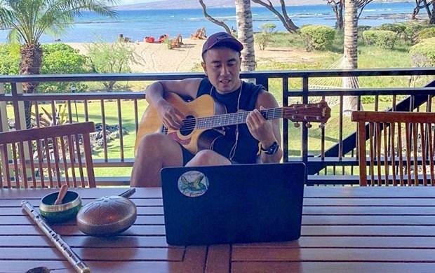 越裔爵士音乐家朱利安·观越黎——向世界传授越南传统音乐的使者 hinh anh 1