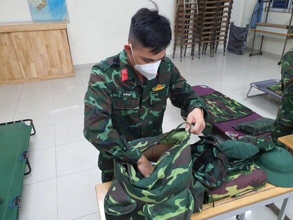 驰援胡志明市的战士完成任务返回单位 hinh anh 1