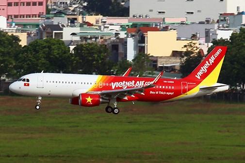 越捷航空公司出售50万张飞往韩国和缅甸的零价机票 hinh anh 1