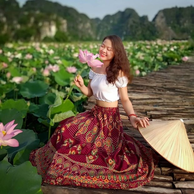 组图:宁平省在秋季盛开的荷花池令人惊叹 hinh anh 5